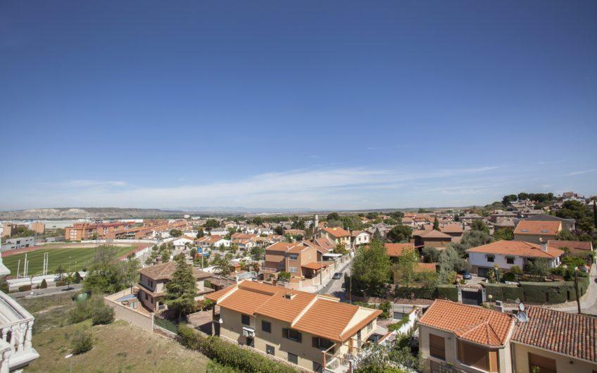 Ático dúplex con espectaculares vistas. Zona de los Villares, Arganda del rey.