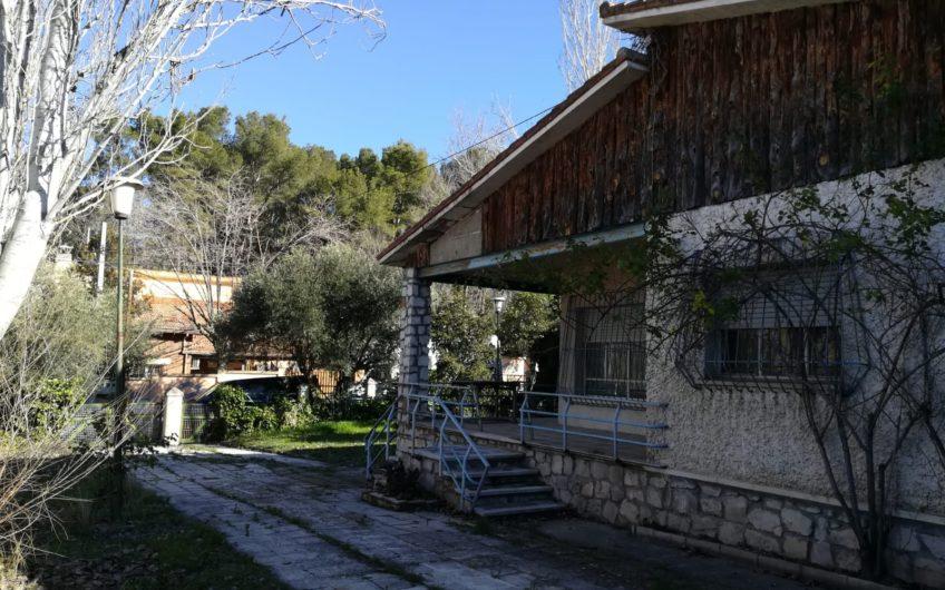 Chalet unifamiliar con jardín privado en zona los villares, Arganda del rey.
