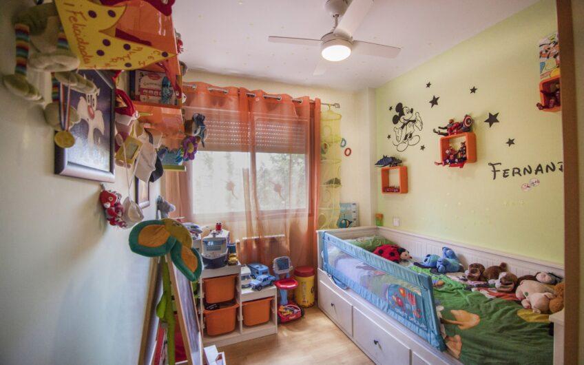 Piso de 3 dormitorios con dos plazas de garaje. Arganda del rey.