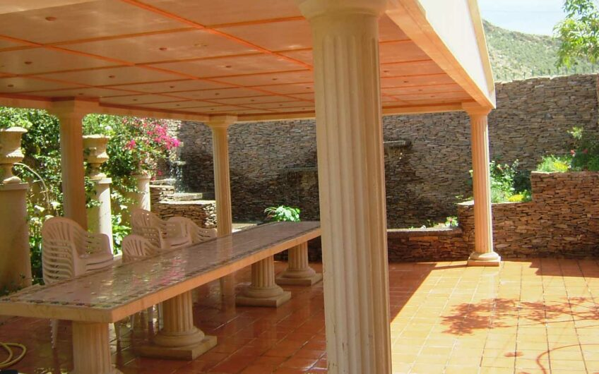 Espectacular Villa a escasos minutos de la playa EL CAMPELLO. Alicante.