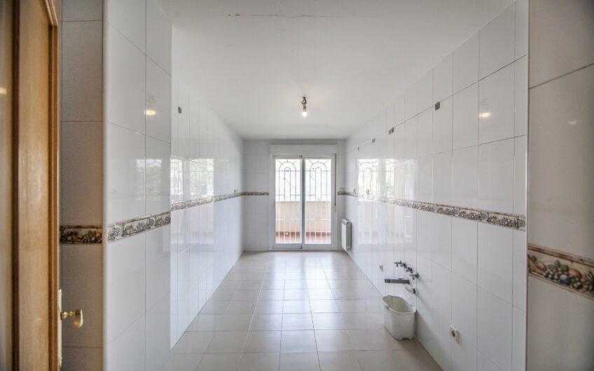 Piso de 3 dormitorios con terraza. Zona los Villares, Arganda del rey.