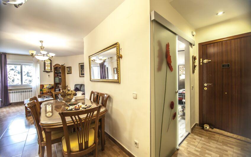 OPORTUNIDAD. Piso de 4 dormitorios con terraza. Zona centro, Arganda del rey.