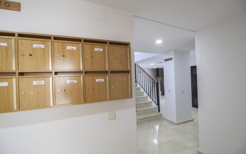 ¡¡ OPORTUNIDAD !! Piso de 1 dormitorio con garaje y trastero. Campo Real.