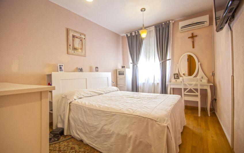 Chalet adosado de 4 dormitorios jardín y piscina, zona de los Villares. Arganda del rey.